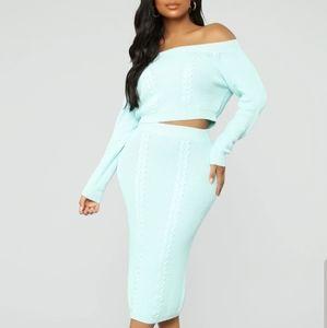 Skirt Set. Mint color.